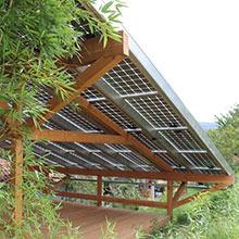 Überdachung mit Photovoltaik-Dach