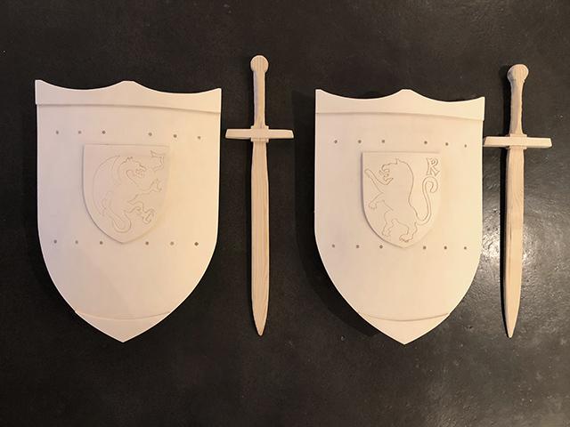 Schild und Schwert für kleine Ritter... · Schreinerei Bührer, Freiamt · Bild Nr.1